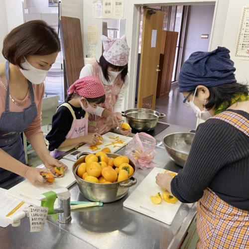 なばり農産品加工講座「地元の野菜・果物でジャムづくり」10月24日に開催しました。